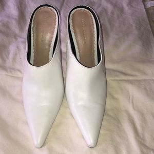 SHOES/BOOTS▫️ Zara white leather Mules